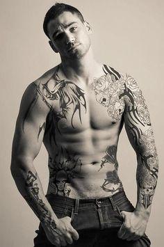 cool-flower-skull-tribal-tattoo-man