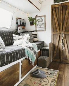Jason and Sheena converted vintage Airstream camper into stunning boho-chic home - Living in a shoebox Airstream Living, Airstream Campers, Vintage Airstream, Remodeled Campers, Camper Trailers, Travel Trailers, Rv Travel, Rv Living, Home And Living