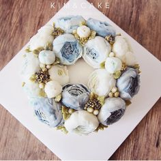 BLUE PEONY #bakingclass#buttercream#cake#baking#wiltoncakes#weddingcake#버터크림케이크#wilton#flowers#buttercake#플라워케이크#wedding#버터크림플라워케이크#specialcake#birthdaycake#flower#플라워케익#rose#디저트#케이크#cupcake#dessert#food#beautiful#부케#bouquet#instacake#꽃스타그램#flowercake#peony @yoon2222222