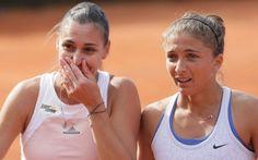 Fed Cup, Italia-Usa 3-2. Decide il doppio. Straordinario il duo Errani-Pennetta #errani #italia #tennis