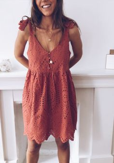 Spring Summer Fashion, Spring Outfits, Chicwish Skirt, Pulls, Blouse, Boho Chic, Easy, Girly, Summer Dresses