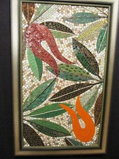 leaves and tulips- yaprak ve lale leaves and tulips - Diy And Crafts, Arts And Crafts, 3d Wall, Mosaic Art, Tulips, Stained Glass, Garden Design, Glass Tables, Leaves
