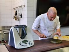 Easy cook-along video from MasterChef Calombaris for a classic Greek Thermomix dessert recipe. Sweet custard, syrup and ice cream instructions for TM31.