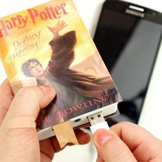 How to make phone charger shaped like an Harry Potter book. In this video tutorial i show how i made this cute book phone charger. this power bank is suitable for any phone or iPhone. this diy iPhone charger is great gift idea for Harry Potter lovers. You can make covers with the book you like and change it as much as you want, all you need is a double sided tape. #iphonecharger,