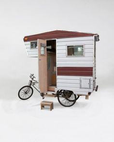 This camper caravan bike could be sibling to our own QT Van! Kombi Motorhome, Rv Motorhomes, Camper Trailers, Bike Trailer, Tiny Trailers, Travel Trailers, Travel Camper, Small Trailer, Camper Caravan