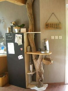 Tree trunk shelves ~ really want to do this one!