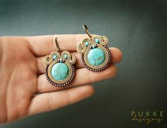 Beautiful soutache earrings by pUkke on Etsy Soutache Bracelet, Soutache Jewelry, Beaded Jewelry, Etsy Earrings, Beaded Earrings, Beaded Bracelets, Drop Earrings, Turquoise Accessories, Colorful Bracelets