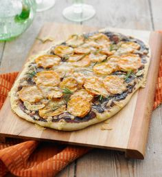 Vegemite sweet potato and rosemary pizza: Vegemite on pizza- it really works! Have a go at this yummy dinner to put a rose in every cheek.