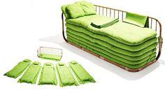O sofá-cama de bambu que acomoda até seis visitas inesperadas