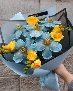 Beautiful Bouquet Of Flowers, My Flower, Beautiful Flowers, Luxury Flowers, Flower Aesthetic, Arte Floral, Planting Flowers, Floral Arrangements, Bloom