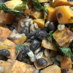 The West Seattle Sweet Potato and Kale Bowl | An easy, robust meal that easily packs up for lunch tomorrow. Customize the spice just to your liking.