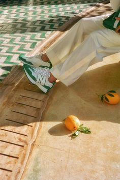 Casablanca and New Balance Team Up on Brand New Take a first look at the bright new sneaker here. New Balance Sneakers, New Sneakers, Cute Shoes, Me Too Shoes, Estilo Converse, Feeds Instagram, Bowling Shirts, Mode Streetwear, Dream Shoes