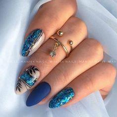 Glitter Gel Nails, Gelish Nails, Cute Acrylic Nails, Bling Nails, Classy Nail Designs, Beautiful Nail Designs, Nail Art Designs, Classy Nails, Simple Nails