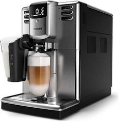 Prepara cappuccino ca un barista: retete si trucuri utile Coffee Milk, Best Coffee, Coffee Beans, Machine A Cafe Expresso, Cappuccino Machine, Automatic Espresso Machine, Coffee Varieties, Four Micro Onde, Espresso