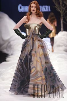 Georges Chakra Fall-winter 2007-2008 - Couture - http://www.flip-zone.net/fashion/couture-1/fashion-houses/georges-chakra,299