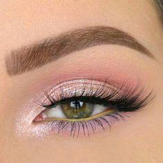 35 Pink Eye Makeup Looks To Try This Season! - Eye makeup looks - 35 Pink Eye Makeup Looks To Try This Season! 35 Pink Eye Makeup Looks To Try This Season!,Make up 35 Pink Eye Makeup Looks To Try This Season! Eye Makeup Remover, Skin Makeup, Eyeshadow Makeup, Beauty Makeup, Beauty Tips, Pink Eyeshadow, Pop Of Color Eyeshadow, Makeup Eyebrows, Beauty Hacks