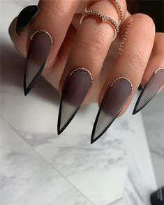 Goth Nails, Edgy Nails, Stylish Nails, Swag Nails, Edgy Nail Art, Fabulous Nails, Gorgeous Nails, Nail Design Stiletto, Simple Stiletto Nails