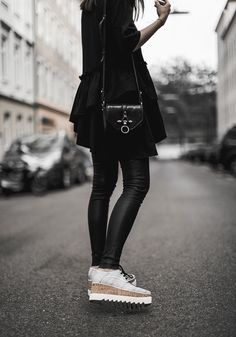 obsedia givenchy crossbody bag elyse brogues stella mccartney, worry about it later, streetstyle vienna, vega, leather, vegan shoes