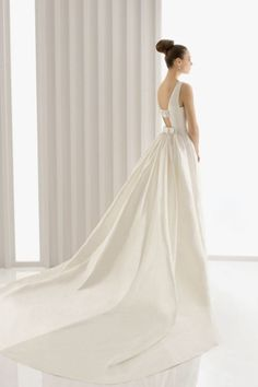 2014 Concise Wedding Dresses Scoop Sheath/Column Court Train Lvory New Style