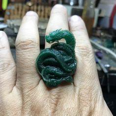 221 отметок «Нравится», 7 комментариев — KOPO METAL 工作室 (@kopo_metal) в Instagram: «明天繼續。#龍#waxcarving #kopometal #taiwan #handcrafted #Dragon»