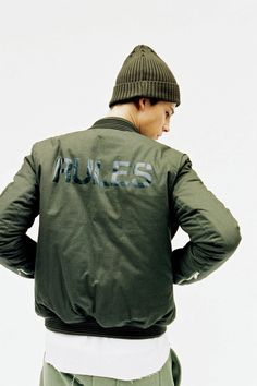 "thisisneverthat 2014 Fall/Winter ""NAVY/STUDY"" u no they got that Dope Fashion, Sport Fashion, Urban Fashion, Mens Fashion, Street Fashion, Bomber Jacket Men, Mode Style, Military Fashion, Poses"