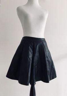 e421a49116 5 48 Womens Pleated Circle Skirt Size XS Black Flare Faux Leather Mini F4