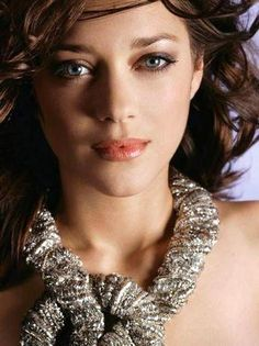 MARION COTILLARD (1975) French singer and actress won Oscar, BAFTA, César and Golden Globe awards for her portrayal of Édith Piaf in the film La Môme. She's the only woman to have won an Oscar for best actress for a French film.  Selected Filmography:  Taxi Expres (1998),Jeux d'enfants (2003), La môme (2007), Origen (2010), Macbeth (2014)