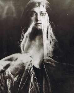 † Eva Helga Bertha von der Osten, 1831-1936 (sopraan), Heligoland, Pinneberg (DE)
