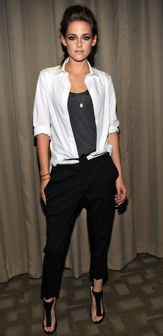 In her white shirt and black trousers, here is stylish Kristen Stewart!