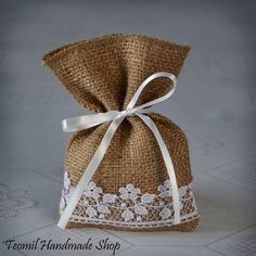 burlap with lace drawing bagShop for wedding favor bags on Etsy, the place to express your creativity through the buying and selling of handmade and vintage goods.Rustic Burlap Wedding Design and Home Decor by Teomil Wedding Favors And Gifts, Wedding Favor Bags, Wedding Candy, Burlap Crafts, Diy Crafts, Burlap Gift Bags, Lavender Bags, Handmade Shop, Wedding Burlap