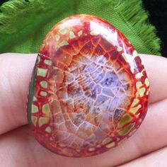Agate Gemstones Resemble Snapshots Of Earths Beautiful Landscapes - Amazing agate gemstones resemble snapshots of earths landscapes