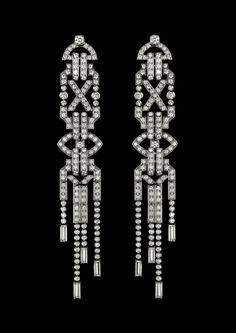 Start the New Year off on a glamorous note with the Ralph Lauren 867 Diamond earrings