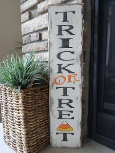 5 Halloween Decoration Ideas For The Front Porch