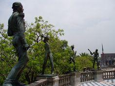 Detalle de las estatuas de los Niños Héroes
