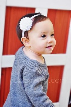 WIN a Baby Wisp Dahlia Headband and Grosgrain Butterfly Bow Ivory with Snaps Trio Pack at The Funky Monkey! Giveaway ends 10/7/13
