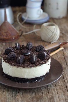 Chocolate and pear crumble cake - HQ Recipes White Chocolate Cake, Tarta Chocolate, Chocolate Cheesecake Recipes, Pecan Cake, Salty Cake, Oreo Cake, Banana Recipes, Cupcake Recipes, Clean Eating Snacks