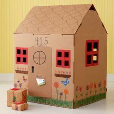 Recanto das Mamães Blogueiras: Brinquedos feitos com caixas de papelão