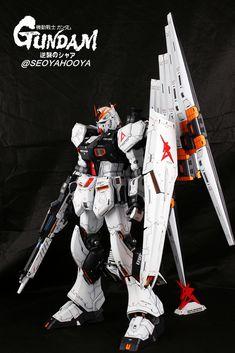 Neo Grade Nu Gundam - Customized Build Modeled by Seoyahooya Gundam Toys, Robotech Macross, Gundam Seed, Frame Arms, Gundam Model, Mobile Suit, Plastic Models, Grade 1, Action Figures