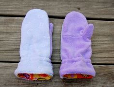 Here's something I've wanted to make ever since the end of summer - mittens for the kids. Note that these are not winter mittens - it get...