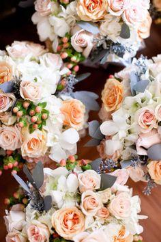 Peach & Gray Wedding bouquet | Photography: Marta Locklear