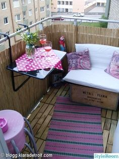 Table like this one would work on our balcony