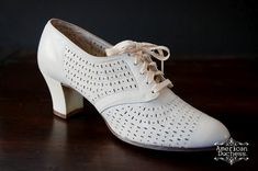 Vintage 1930 Nurse Shoes-  Makes me glad I am from another generation of nurses!   Scrubs and Crocs all the way!
