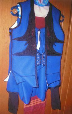 Cretan costume. Greek Traditional Dress, Greek Costumes, Folk Dance, Clothes, Fashion, Outfits, Crete, Moda, Clothing