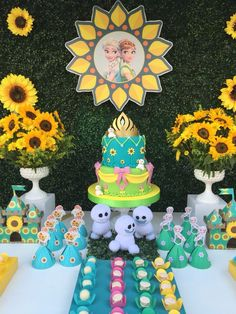 Frozen Fever Party Ideas - Celebrat : Home of Celebration, Events to Celebrate, Wishes, Gifts ideas and more ! Frozen Themed Birthday Party, Disney Frozen Birthday, Frozen Party, 2nd Birthday Parties, 4th Birthday, Birthday Ideas, Candy Bar Frozen, Festa Frozen Fever, Frozen Summer