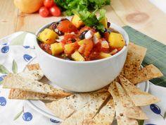 Mango-Black Bean Salsa: A Warm Weather Welcome - http://www.pincookie.com/a-warm-weather-welcome/
