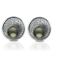 """These Crown Select Tahitian pearl earrings set in 18K white gold with 138 VS1 quality G-H color diamonds for a total carat weight of 1.14. The Tahitian pearls are the top """"Crown"""" quality and measure 8-9mm. #ImperialPearls"""