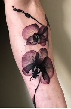Asche Blume Tattoo - New Ideas Ash Flower Tattoo Ash Flower Tattoo, Orchid Flower Tattoos, Small Flower Tattoos, Flower Tattoo Designs, Small Tattoos, Realistic Flower Tattoo, Finger Tattoos, Body Art Tattoos, New Tattoos, Sleeve Tattoos