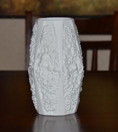 Vintage Bisque Porcelain Op Art Kaiser Vase 1960s L K | eBay