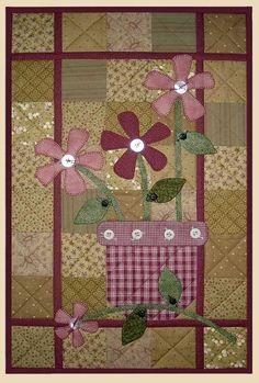 Apple Quilt Patterns | Terra Cotta Wall Quilt Pattern Flowers in Vase Apple Patch Designs ...