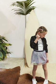 Look fille teddy résille et jupe tulle Printemps-Eté 2017 collection IKKS Kid Girl #ss17 #kidstyle